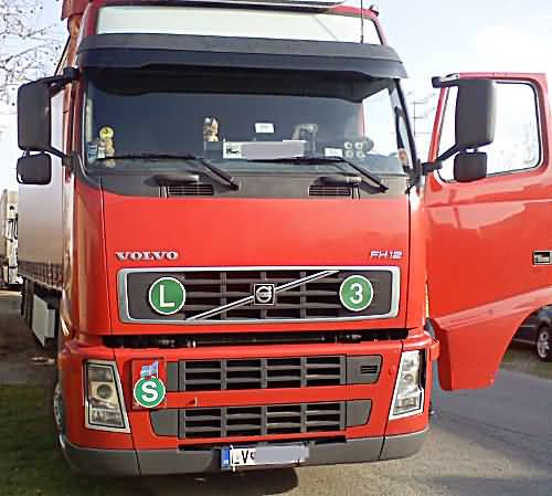 volvo-fh12-kamion